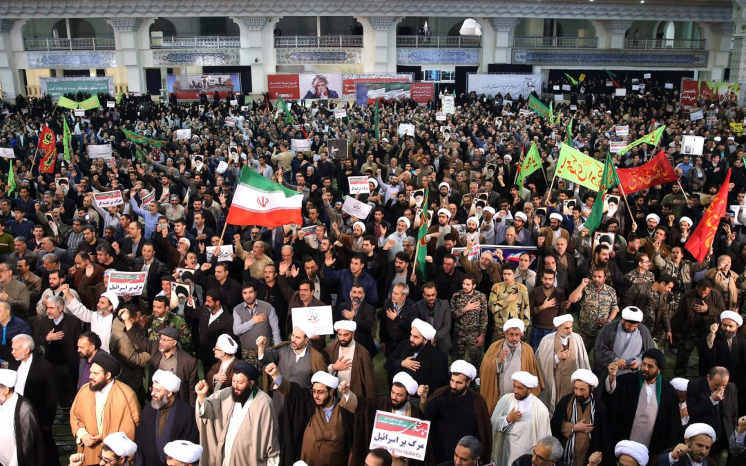 An Iranian upheaval, between popular claims and external confrontations